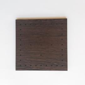 مربع بزرگ چوبی